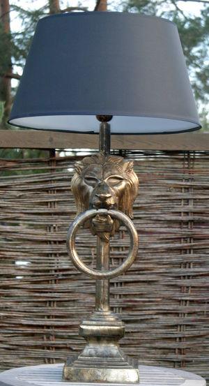 Bordslampa Lejonhuvud