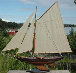 Segelbåtsmodell Bermuda sloop old finish